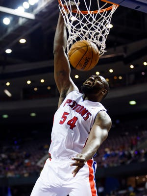 Pistons power forward Jason Maxiell dunks against the Rockets at the Palace on Oct. 31, 2012.