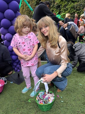 Jaime King and her 4-year-old son, James Knight Newman, attend an egg hunt in Los Angeles on March 17, 2018.