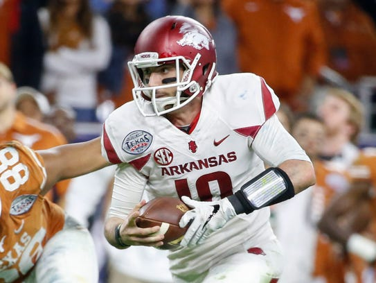 Arkansas quarterback Brandon Allen says STriVR's system