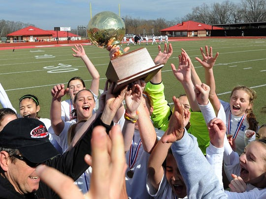 Sacred Heart girls soccer repeated as Class 1A/2A/3A State Champions in February. Other minor State Champions in 2014 from the Pine Belt include Bassfield (Class 2A, track and field), Presbyterian Christian (MAIS Class AAA, track and field; MAIS Class AAA, girls cross country; MAIS varsity champs, volleyball) and Lamar Christian (MAIS Class A, boys cross country).