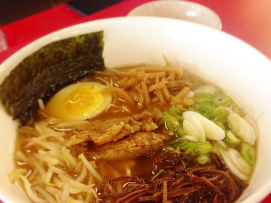 635757594154111119-white-plains-ramen