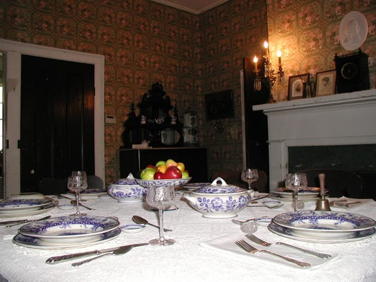 The dining room of the Dinsmore Homestead.