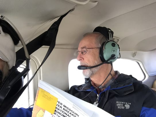 Dave Mari flies over the Upper Missouri River Breaks
