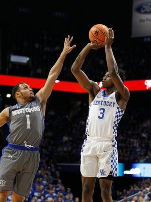 Kentucky Wildcats guard Hamidou Diallo (3) shoots the ball as Fort Wayne Mastodons guard Bryson Scott (1) defends in the first half at Rupp Arena. Mandatory Credit: Mark Zerof-USA TODAY Sports