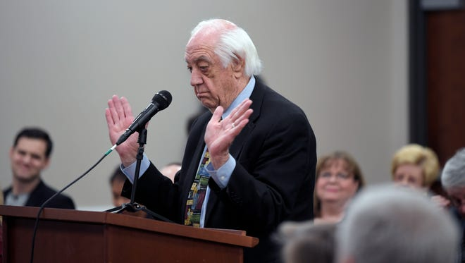 Franklin resident Bill Peach speaks in favor of not merging Franklin Special School District and Williamson County schools during The Tennessean sales tax forum was held at Williamson County Public Library in Franklin on Wednesday, Jan. 24, 2018.