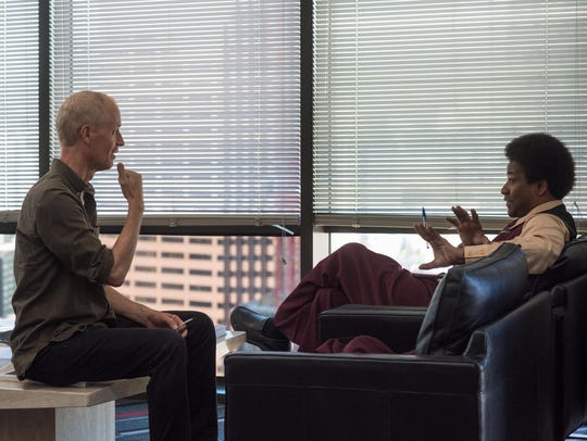 "Dan Gilroy (left) directs Denzel Washington in ""Roman J. Israel, Esq."""