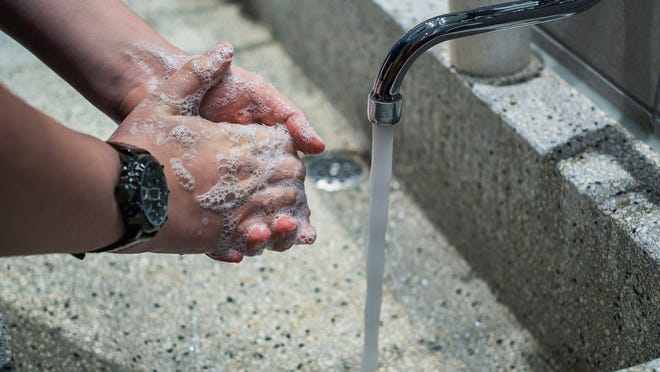 """The U.S. Centers for Disease Control and Prevention released findings of a survey recently indicating that, during the pandemic, U.S. adults were more likely to remember to wash their hands after coughing, sneezing or blowing their noses as compared to a similar survey in 2019. Image by <a href=""""https://pixabay.com/users/couleur-1195798/?utm_source=link-attribution&utm_medium=referral&utm_campaign=image&utm_content=4934590"""">Couleur</a> from <a href=""""https://pixabay.com/?utm_source=link-attribution&utm_medium=referral&utm_campaign=image&utm_content=4934590"""">Pixabay</a>"""