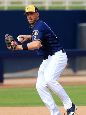 Brewers third baseman Travis Shaw had his contract renewed on Friday.