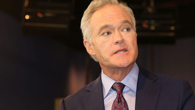 Scott Pelley, CBS Evening News anchor and managing editor, tells Cronkite News students their commitment to accuracy, fairness and honesty is the core of journalism.