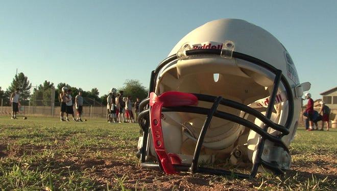 azcentral sports' Richard Obert ranks the top high school football prospects in Arizona.