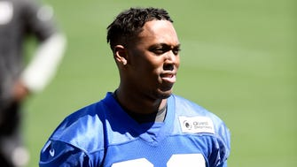 New York Giants running back Wayne Gallman, Jr. participates in the last day of mini camp in East Rutherford, NJ on Thursday, April 26, 2018.