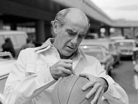 Obit Ramsay Basketball