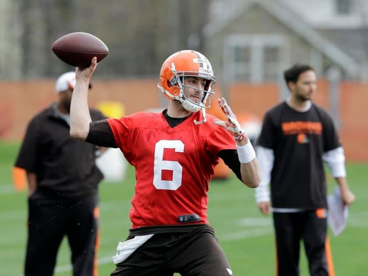 MNCO 0516 Browns QB competition worth watching.jpg