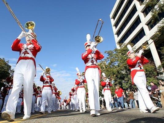 -Inauguration Parade 40 Leon ps 010411.JPG_20110104.jpg