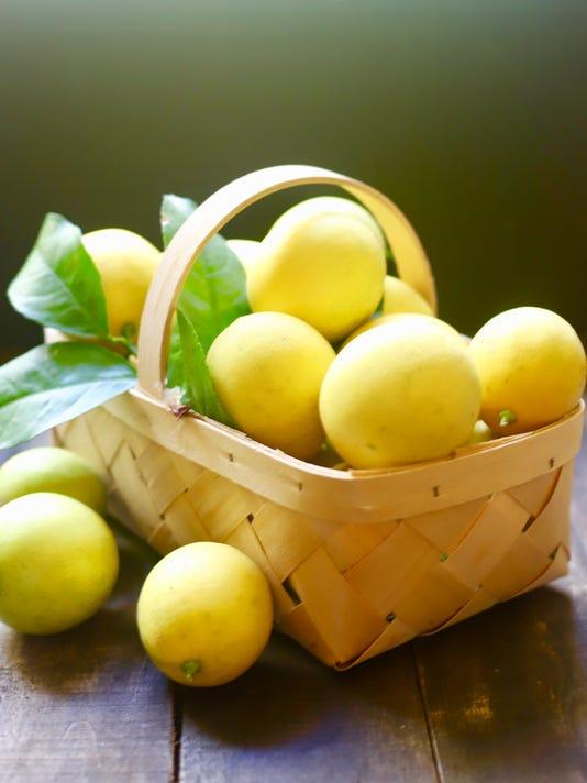 636511186826303631-Meyer-Lemons-fullsizeoutput-25ac.jpeg