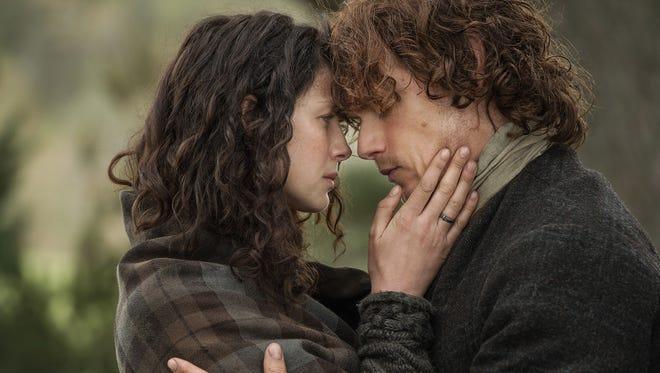 Claire Randall (Caitriona Balfe) and Jamie Fraser (Sam Heugan) on Outlander.