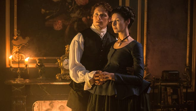 With a baby on the way, Jamie (Sam Heughan) and Claire (Caitriona Balfe) try to start anew in Paris.