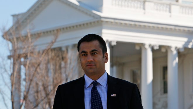 Actor Kalpen Suresh Modi, best known by his stage name Kal Penn, is seen in front of the White House in Washington March 4, 2010.