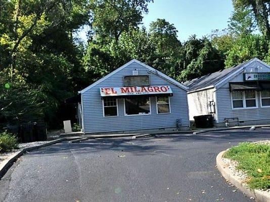 636432318835990657-Brownsboro-road-site.JPG