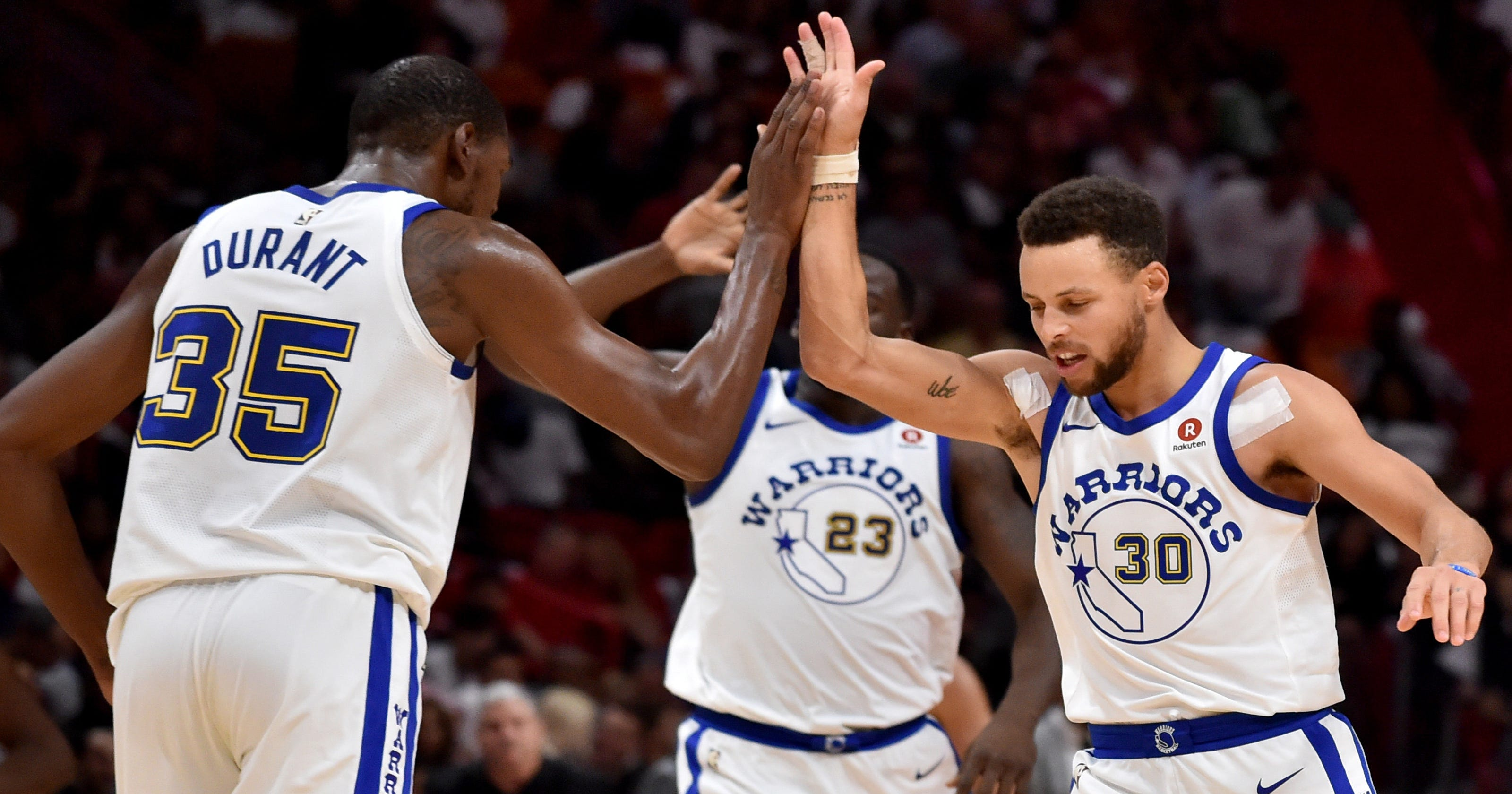 Steph Curry scores 30 in Golden State Warriors  easy win over Miami Heat 25b6af3dc