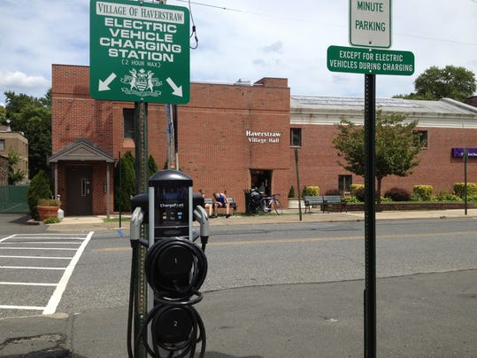 An electric car charging station in Haverstraw. The state Thruway Authority is looking to bring the stations to four travel plazas between Newburgh and Albany by Memorial Day. (Photo: TJN file)