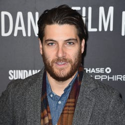 Reports: 'Happy Endings' star Adam Pally arrested for marijuana, cocaine