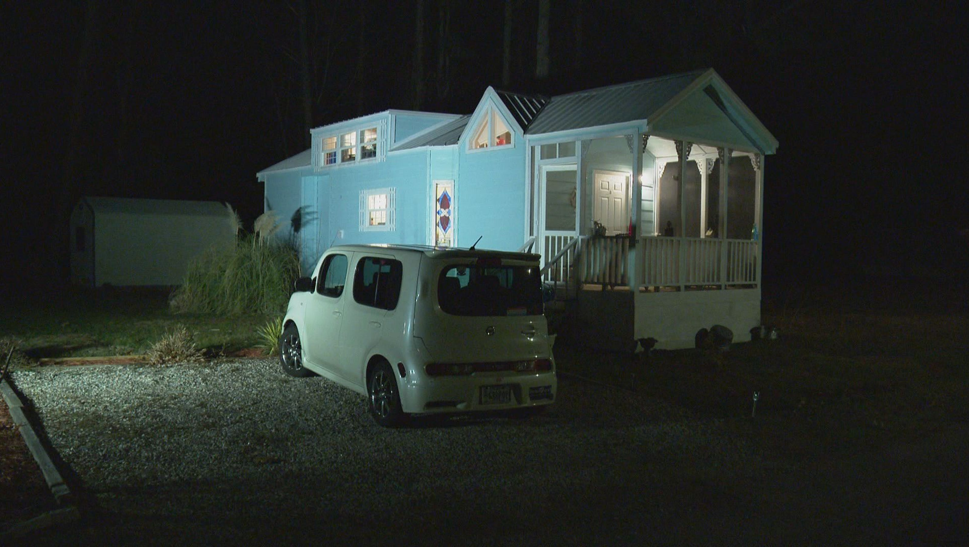 York county couple fights to keep tiny house for Tiny house nation where are they now