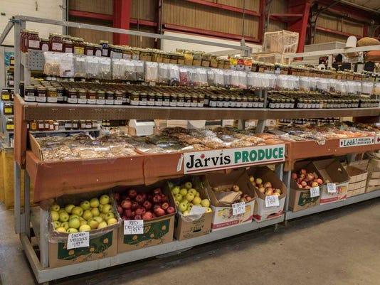 635825825054613423-Farmer-s-Market-22