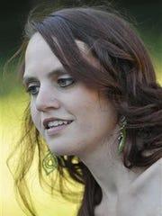 Brianna Laura (Oas) Strand, 28
