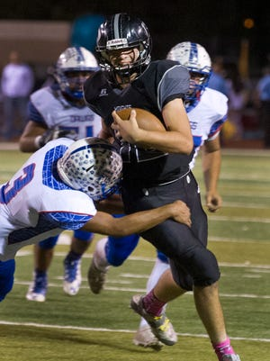 Aaron Sanchez and the Oñate  Knights host La Cueva in the first round of the Class 6A state playoffs Saturday at the Field of Dreams.