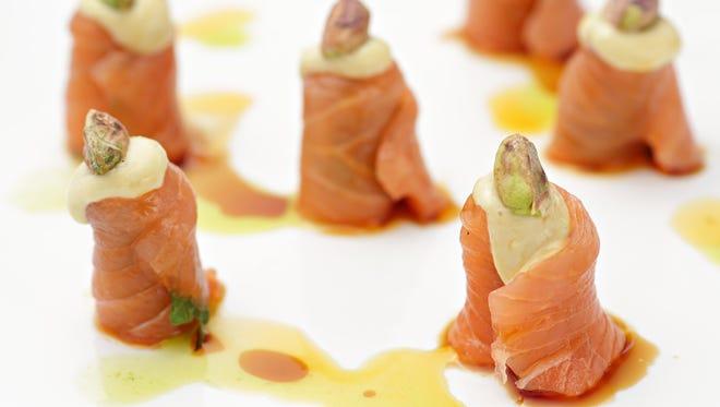 Pistachio salmon sashimi