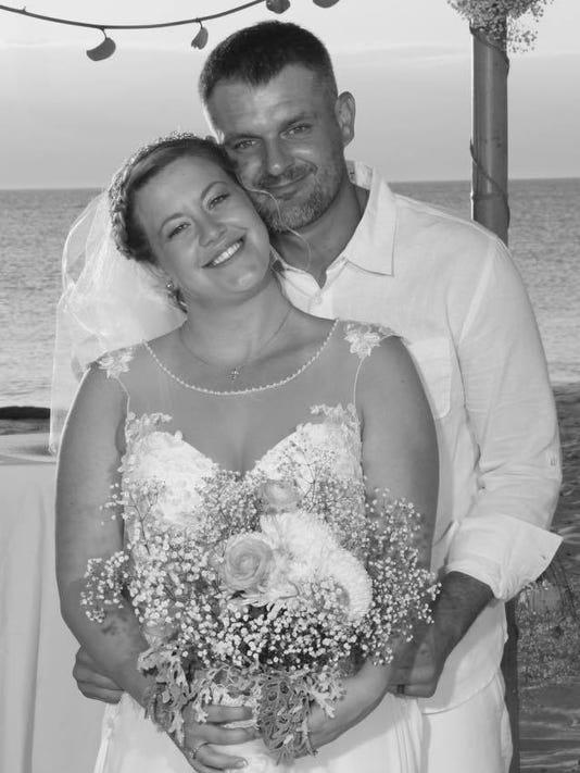636232741794948324-wedding-pic.jpg