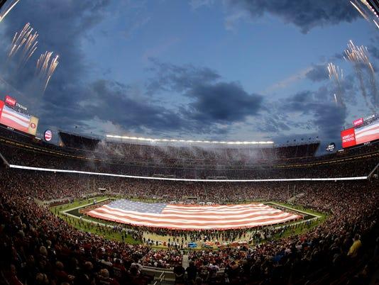 635888090146513427-Super-Bowl-Trip-Guide-Arri-1-.jpg