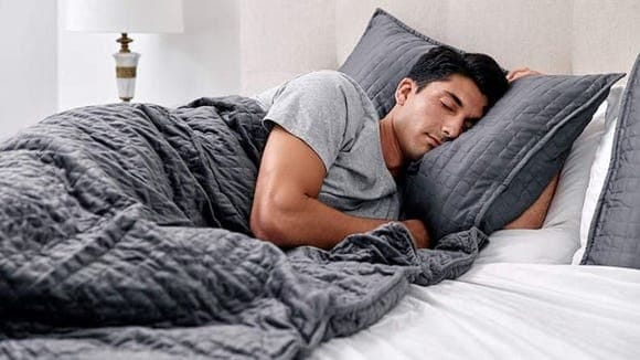 Black Friday 2020: The best deals on weighted blankets this Black Friday.