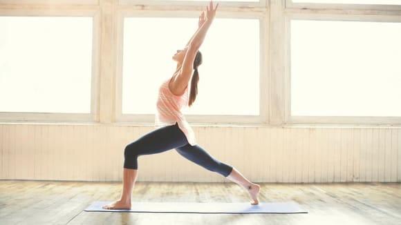 Los mejores regalos para esposas 2020: Lululemon Reversible Yoga Mat.