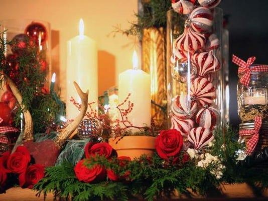 635544193550007674-christmasmantle