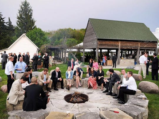 Stonehaven's Barn can seat 160 to170 and outdoor space can accommodate more than 400 guests. This venue is near De Soto.