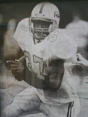 Shaun Alexander makes a run for Boone County High School
