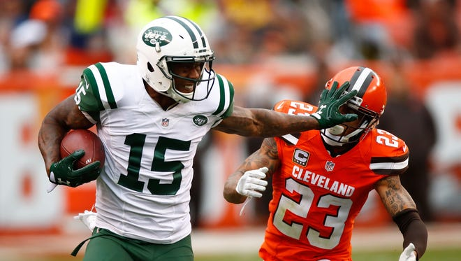 Jets wide receiver Brandon Marshall gave a pretty vivid description of how the team's season went after expectations were pretty high coming into the year.