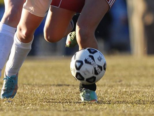 635665374289415570-girls-soccer