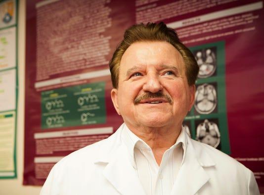 Dr Stanislaw Burzynski-story1551