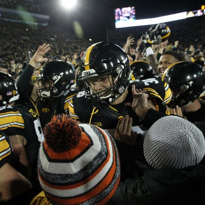 Leistikow: Fans can help Hawkeyes find Kinnick night magic vs. Penn State