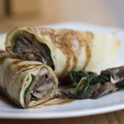 Mushroom and spinach crepes are heart healthy