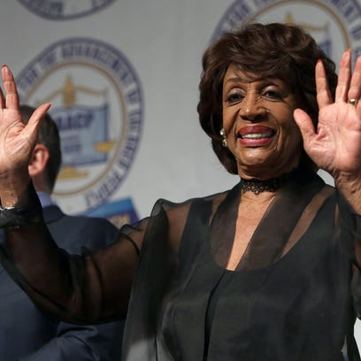 Women's Convention snags Auntie Maxine's 'Reclaiming my time' theme