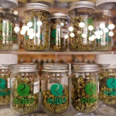 Judge strikes down Detroit marijuana initiative