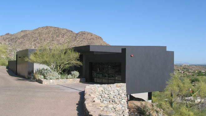 Scott and Paula Lyon used their trust to pay $2.725 million in cash for this 3,299 square-foot home overlooking the Valley from Mummy Mountain Park in Paradise Valley. The sale closed during the week of April 6, 2015.