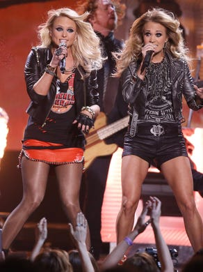 Miranda Lambert and Carrie Underwood were hot on stage