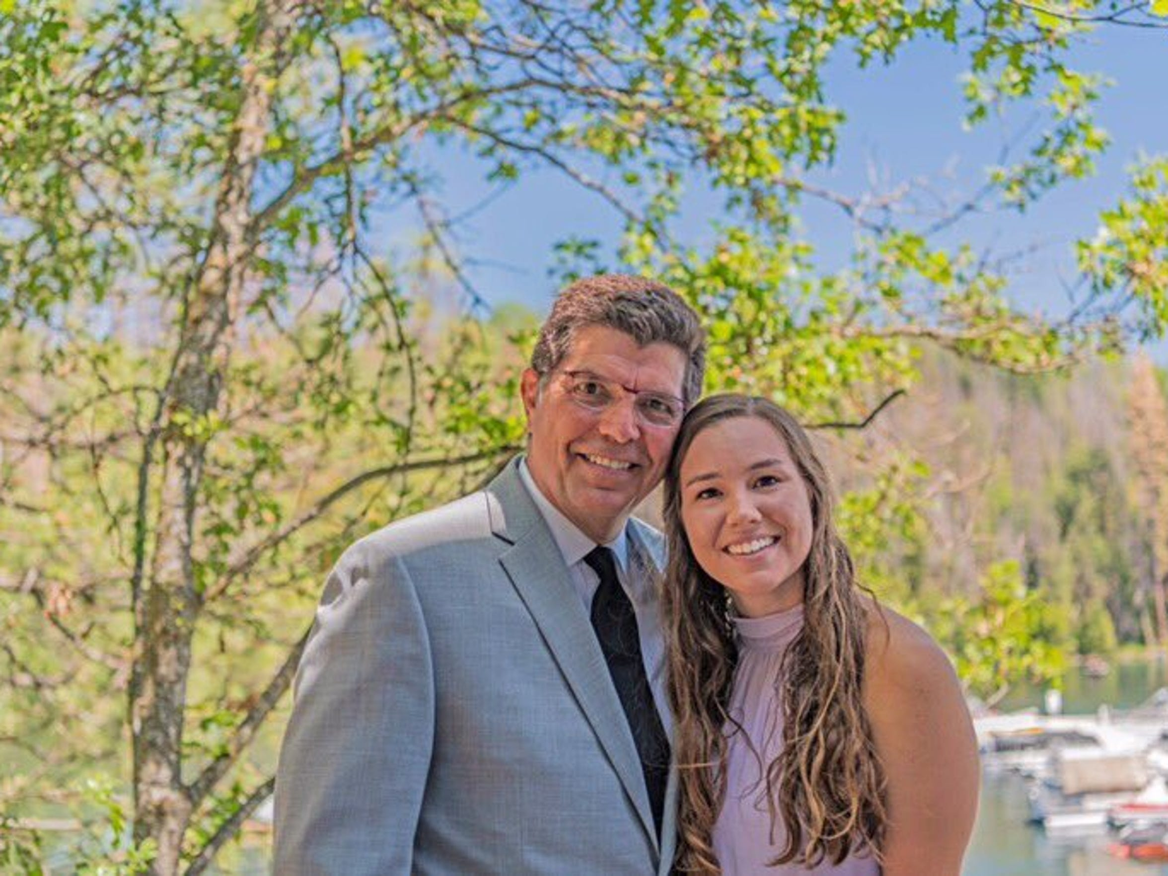 Mollie Tibbetts with her father, Rob.