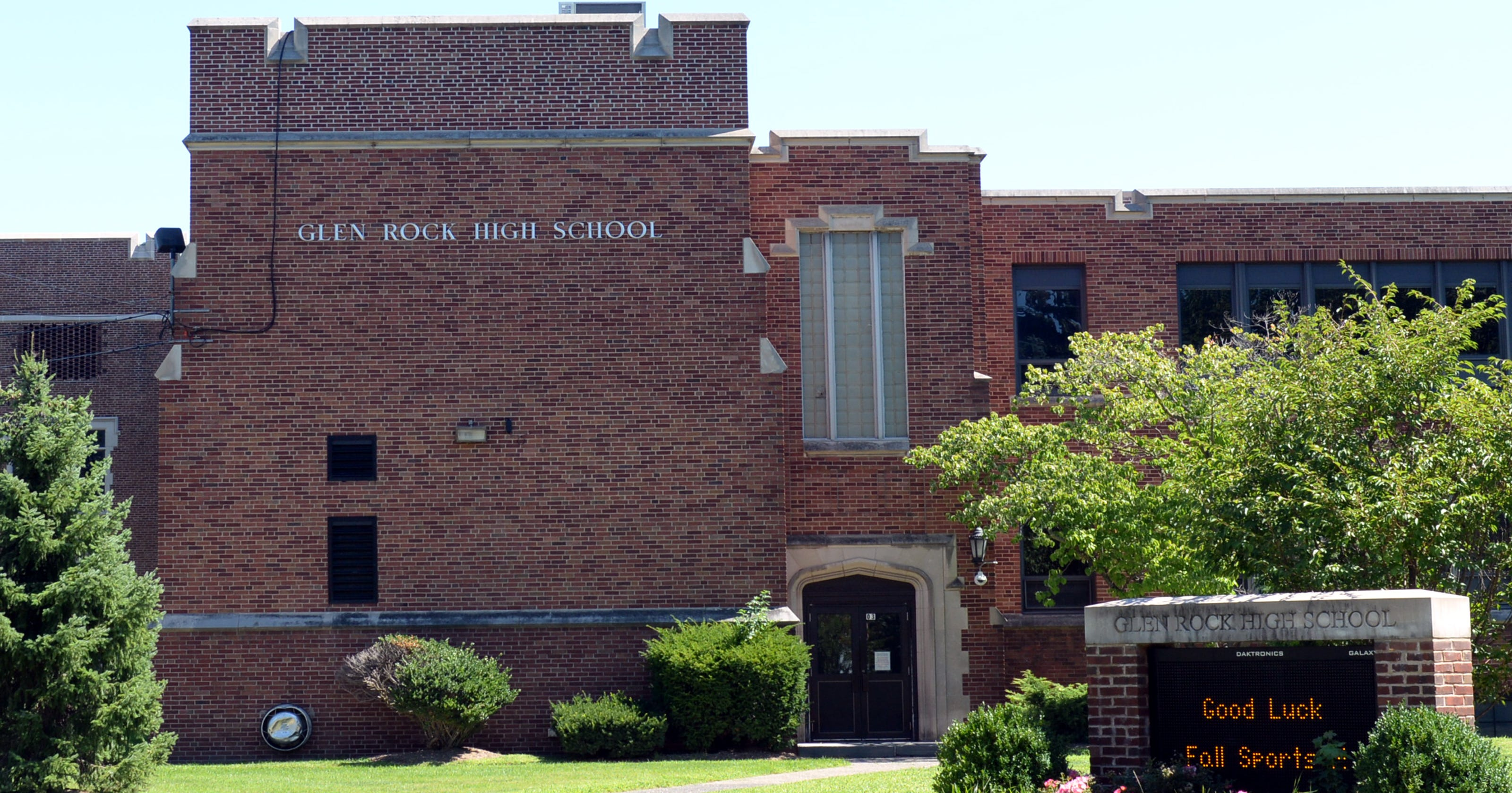 Glen Rock Nj Student Accused Of Selling Adderall Through