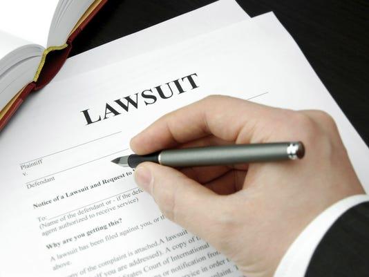 635863965438773179-lawsuit.jpg